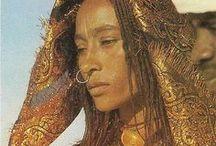 NOMADS / Sahara nomads: toubou, tuareg..  http://salwapetersen.com