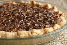 Recipes: Desserts / by Lori Ann