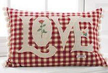 Pillow Talk / by Linda Shelnutt Stone