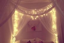 BEDROOM INSPIRATION / Bedroom interior inspiration including cute bedding and pretty furniture.