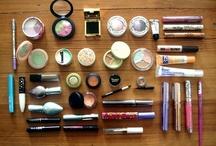Makeup 'N' Nails / by Julianne Leffert