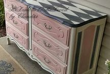 PAINTED FURNITURE / DIY PAINTED FURNITURE  / by Toni