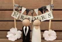 Inspiring { Cake toppers } / by The Little Wedding Helper