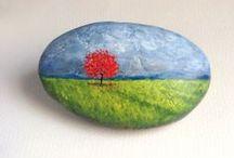 Painting Pebbles / ideas I can actually do ... using rocks, stones, bricks