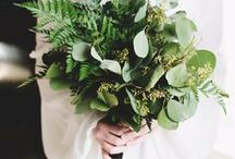 "✨ Wedding trends: Greenery / The official Pantone colour of 2017 ""Greenery"" is an amazing way to incorporate nature and other fresh elements to your wedding."