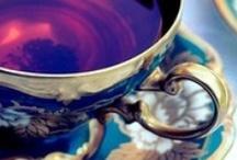 just my cuppa / veel kleur en gevuld met favorieten... pepermunt thee, aarbeienthee, rooibos met honing.. turkse appel .... thee!