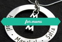 for moms / Personalized engraved necklaces for moms