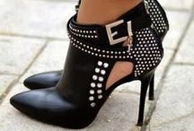 BOOTS to *sigh* for.... / fan.tab.u.lous boots/booties of all colors & design / by Judy Ridings :)
