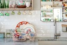 Kitchens / Interior design ideas fro creating a beautiful kitchen in a home.