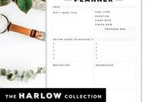 // THE HARLOW PLANNERS / The Harlow planners are just this lovely combination of retro type and modern minimalism. The muted color tones add to the design, which is equally great for guys and girls. These planners look amazing with a vintage leather cover or classic black accessories. Find them in my etsy store here: https://www.etsy.com/au/shop/elizakellis
