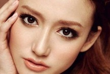 Make Up / by Neeranuch Techasoontorn