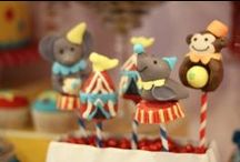 Circus/Carnival Party Ideas, Recipes and Crafts / circus   boy   birthday   party   ideas   cake   decorations   themes   supplies   favor   invitation   cupcakes