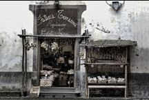 LITTLE SHOP AROUND THE CONER / shop's that look inviting before you even know what they sell ... / by Jim Stagno