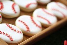 Boy's Baseball Themed Birthday Party / baseball   boy   birthday   party   ideas   cake   decorations   themes   supplies   favor   invitation   cupcakes