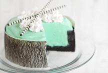 Desserts / by Elise Caroompas