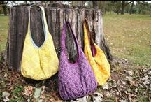 Sewing - Bags & Pouches / by Felice Regina