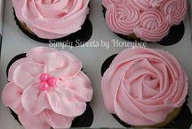 Cupcake joy / by Bilie Parispeaches