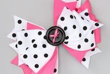Buttons and Bows / by Regina DeGrenier