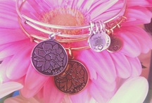 glee gifts | Celebrate Mom / gleeful gifts for moms!