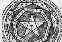 Alquimia y mística / Imágenes relativas a la alquimia, a las máncias y artes ocultas.