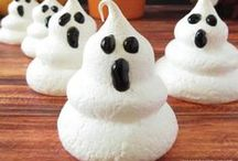 Halloween Dreams / All things Halloween- from DIY, recipes, crafts ideas and beyond. I love this Holiday! / by RunWiki
