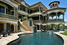 DREAM HOUSE / by Liz Conklin