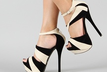 Shoes / by Lauren Struwe