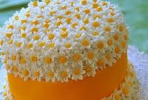 Cake Art / Photos of cakes that fascinate me. Truly an art form!