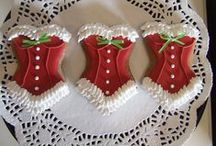Creative Holiday Decor / Out with Blah Humbug! Be original be creative!
