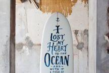 Surfboards & Skate / Le surf est une de mes grandes passions dans la vie. Au départ, ce tableau m'a servi d'inspiration pour fabriquer mes propres planches de skate, en bois. Petit à petit, j'ai commencé à y répertorier toutes les images qui ont attrait au surf et au skate.