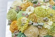 Buttercream Floral Cakes / by Beth Bruening