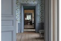 Gustavian style & inspiration / Lovely interiors from the Swedish 18th century. Pale pastels and a lot of grey = I like!