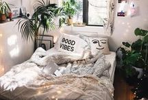 [Dorm Room] Trends / What's the best way to make your dorm room feel like home? Adding your own personal touch! Get inspired and decorate your way to the hottest dorm room on campus!
