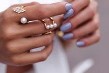 [Nail] Trends / Mani Monday should be every day! Discover the new hues for the season and get inspired with creative and crazy manis. Learn how to create unique looks with glitters, studs, and tons of other nail art!  / by Studentrate Trends