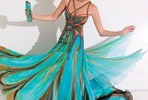 Formal Wear / Beautiful Clothing / by Gloria Z Longoria