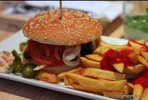 Burger-Mania / Ein Herz für Burger in allen Varianten, natürlich mit selbst gebackenen Burger-Buns!