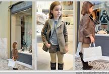Section Fitting Room - Sección Fitting Room / Una manera distinta y original de mostrar las nuevas colecciones de moda infantil.  Mediante desplazamiento a la tienda de la marca, realizo un shotting con los estilismos que más me gustan.