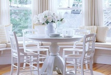 Delightful Dining / by Anne Holstead