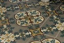 Cement tiles. Paviment hidràulic / When I grow up, I will have cement tiles on the floor. Quan sigui gran, tindré paviment hidràulic al terra