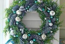 Christmas Wreath Ideas / Wreaths and Christmas go together like hot chocolate and marshmallows! See all the different types of wreaths you can decorate your doors and porches with! / by Mary @ Front Porch Ideas and More