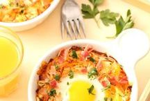 Blogger Favorite Brunches / Simply Potatoes asked bloggers to create their favorite breakfast or brunch recipes using Simply Potatoes products. These mouthwatering recipes were the result. Enjoy!