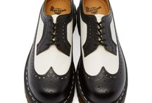 Stylish Kicks / A collection of fine lace-ups and monk straps