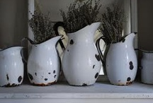 The Beauty of old enamal-ware  / and some pretty new stuff as well / by Bonelli Fuller