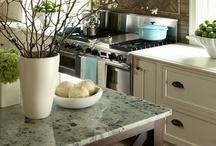 Kozy Kitchens / by Amber Gardner