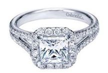 Princess Cut Engagement Rings / Fit for a Princess!