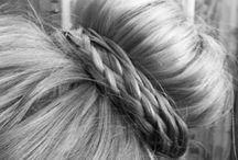 Hairstyles / by Kellie Davis