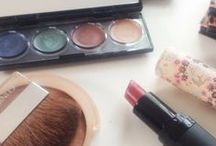 Beauty / Makeup Tutorials & Nailpolish Tips