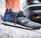 Sneakers: New Balance 710