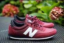 Sneakers: New Balance 410 / The New Balance 410 vintage runner takes its references from the US track and field college teams. With a low-profile retro style this shoe perfect for everyday wear.