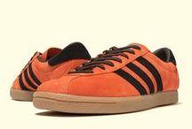 Sneakers: adidas Island Series